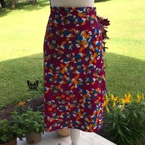 2XL LuLaRoe Disney Donald Duck Cassie Skirt